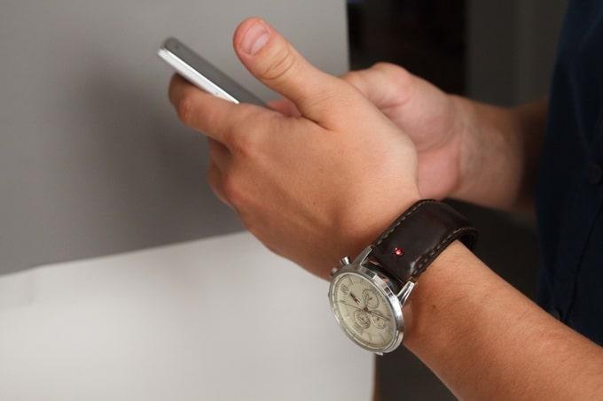 Bracelet intelligent transforme votre montre en smartwatch