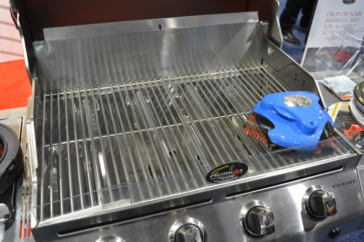 Grillbot robot grille barbecue