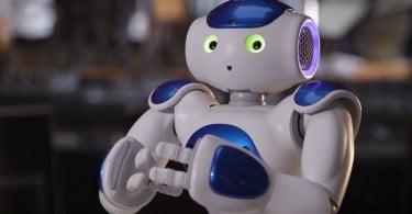 Connie robot concierge hôtels Hilton