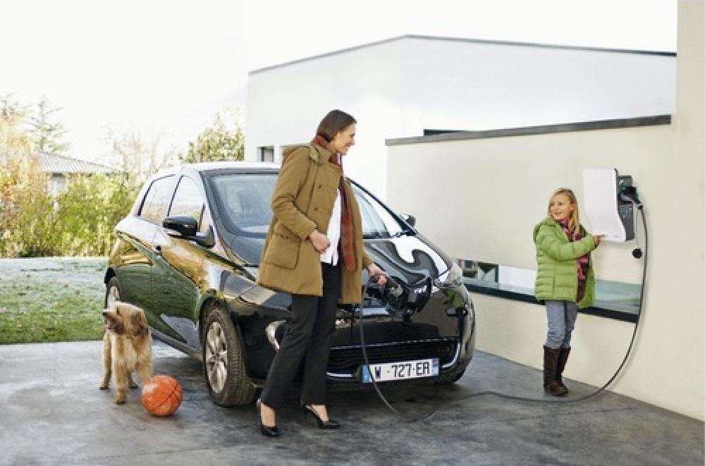 EVLink - Les bornes de recharge pour véhicules électriques de Schneider Electric