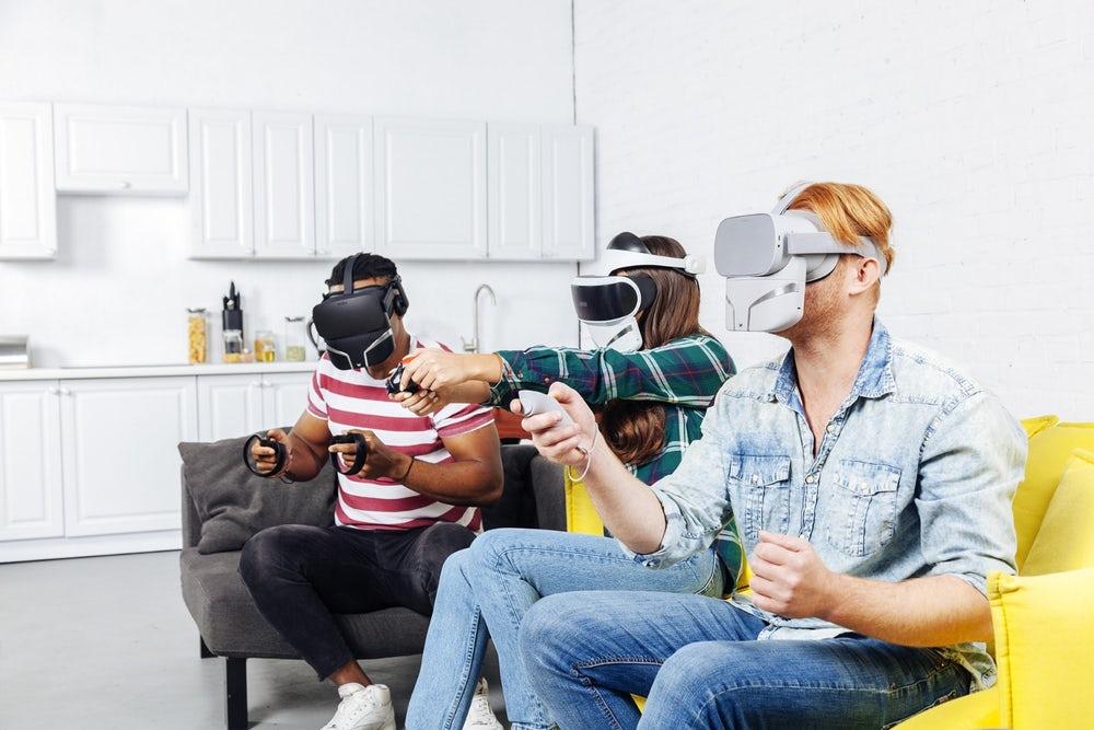 Feelreal - Le masque VR multi-sensoriel qui vous permet de sentir les roses virtuelles 1
