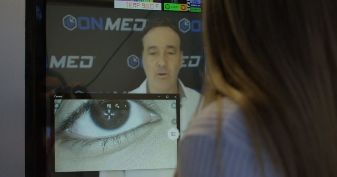 OnMed – Une cabine médicale qui fait des diagnostics et distribue des médicaments 1