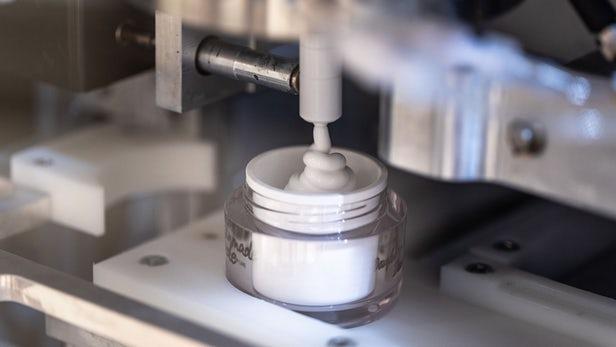 Skinmade dévoile des kiosques permettant de créer ses crèmes pour le visage 1
