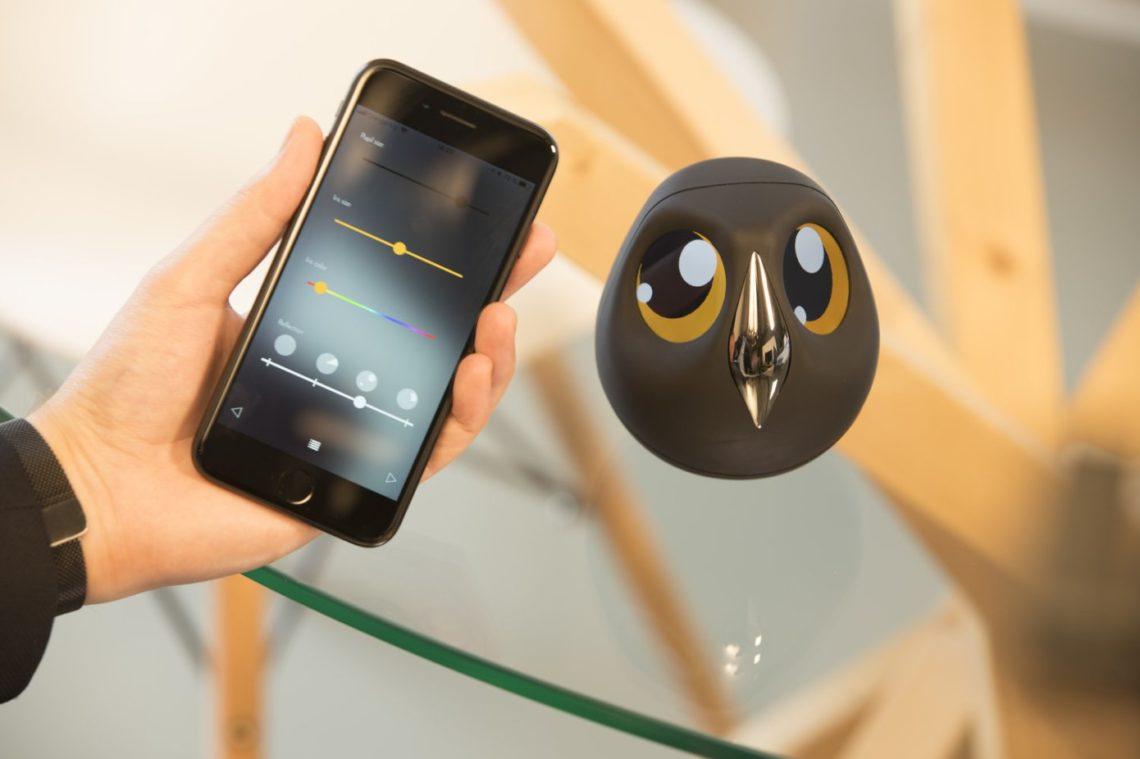 Ulo- Une caméra de sécurité adorable qui interagit avec vous tout en surveillant votre maison