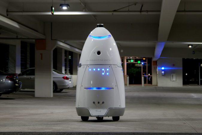 Les robots de sécurité sont des appareils de surveillance mobiles, pas des remplaçants humains