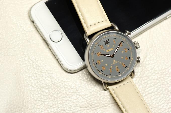 BOLDR Voyage smartwatch