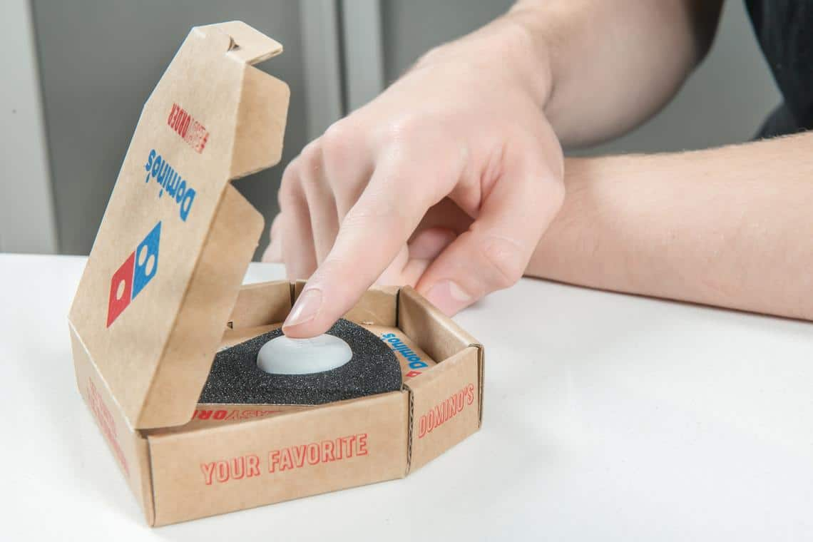 bouton Easy Order pizza Domino's