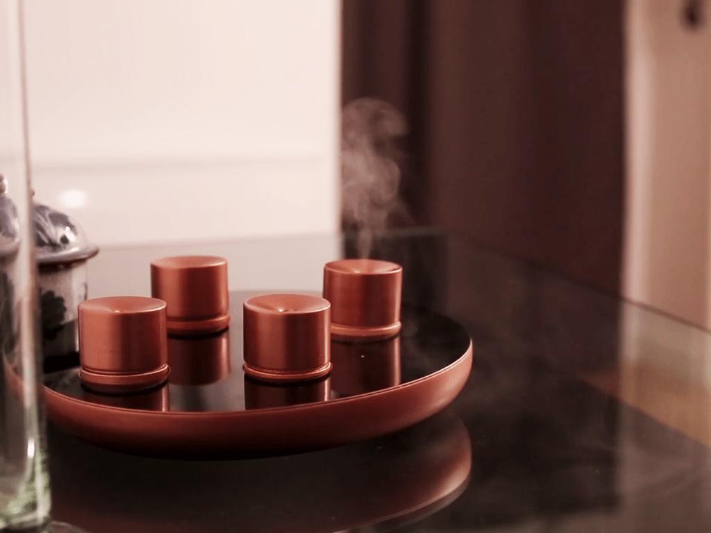 diffuseur d'huile essentielle connecté Lumière