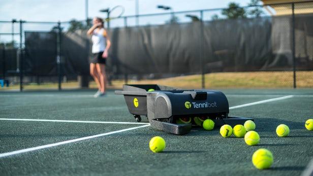 Tennibot – Le robot ramasseur de balles de tennis