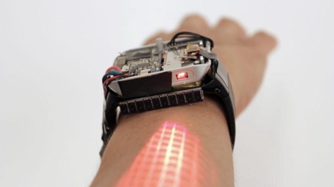 LumiWatch transforme votre bras en un écran tactile de la taille d'un smartphone