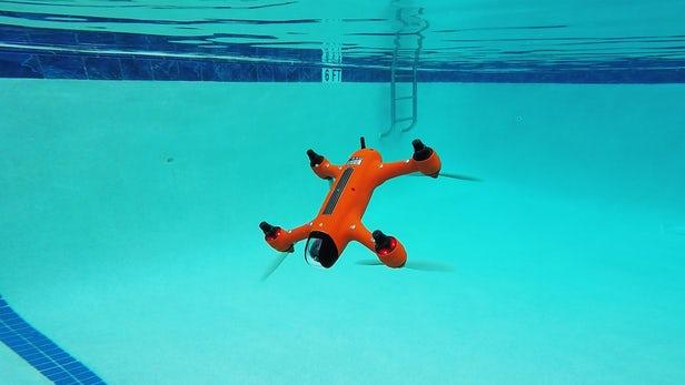 Spry – Un drone qui vole dans l'air et navigue sous l'eau