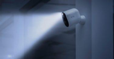 Arlo Ultra – La nouvelle caméra de sécurité sans fil de Netgear