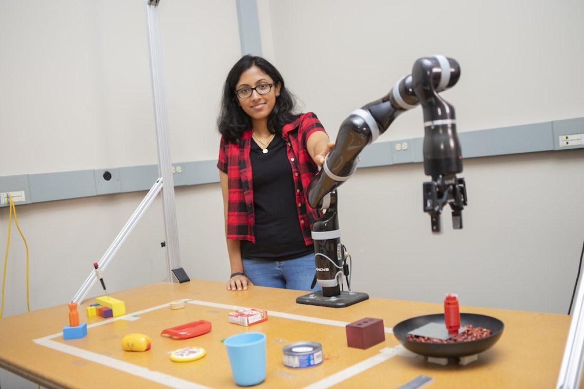 Les robots MacGyver apprennent à construire de nouveaux outils à partir d'objets du quotidien