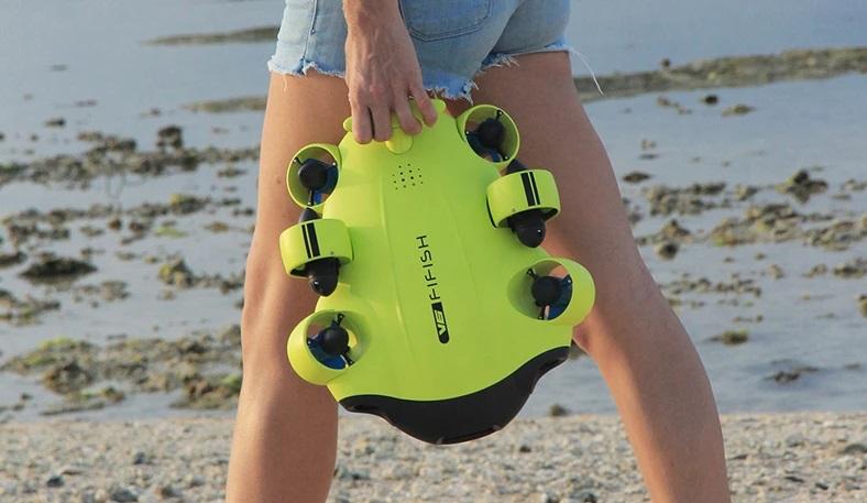 FiFish V6 brouille la frontière entre les drones sous-marins et les ROV 1