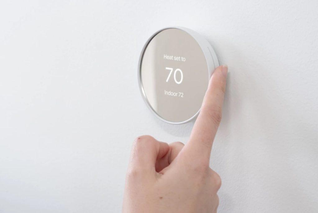 Le nouveau thermostat Nest de Google est plus simple et moins cher