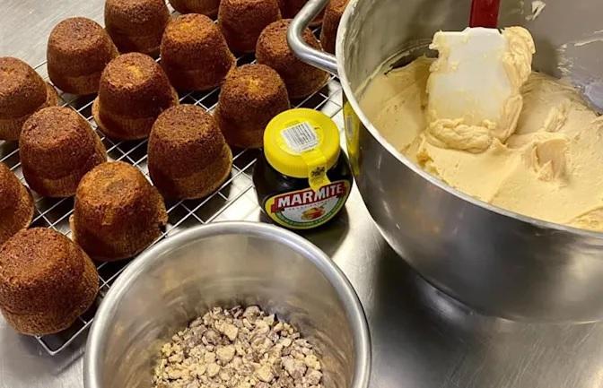 L'IA de Google affronte un gagnant de Great British Bake Off dans un face-à-face de desserts