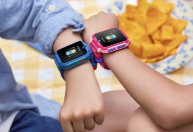 TCL Family Watch 2 permet aux enfants de chatter par vidéo et de prendre des selfies