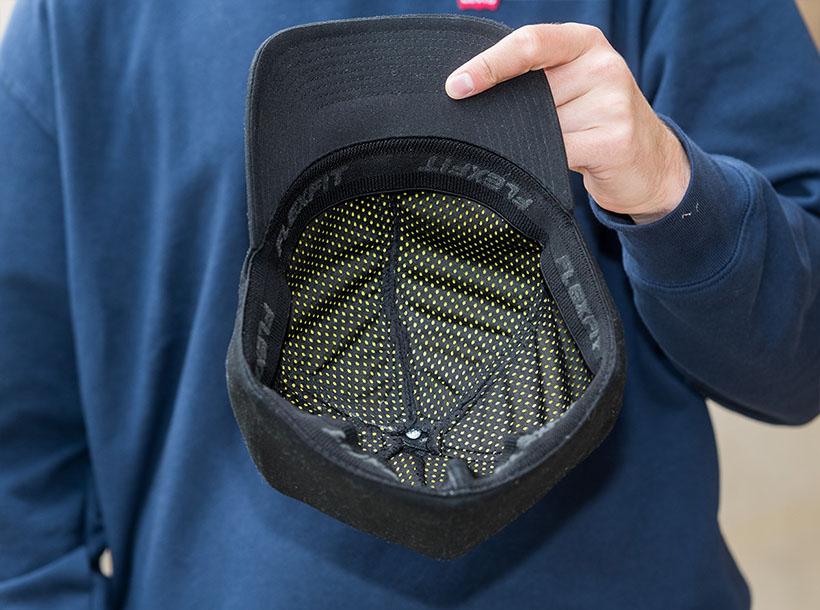 Owen Sutton dévoile une casquette wearable pour prévenir les blessures à la tête 1